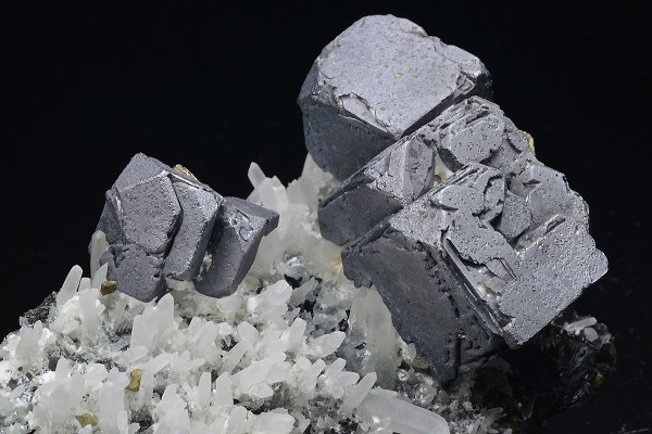 Galena, Chalcopyrite, Quartz, Cleiophane