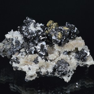 Sphalerite and Chalcopyrite on Quartz, Galena
