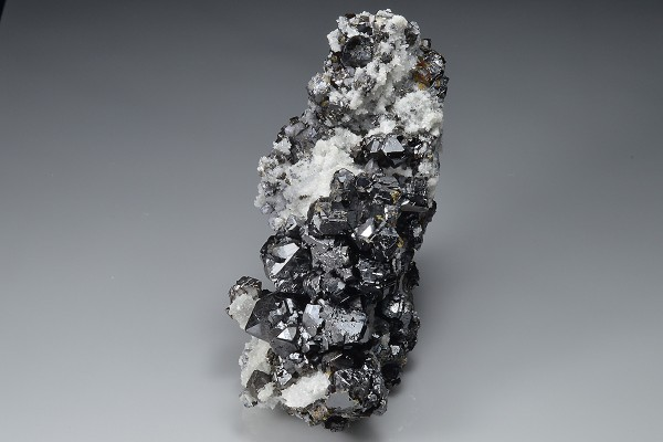 Sphalerite on Quartz, Galena