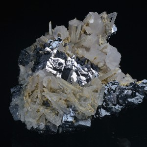 Quartz and Calcite on spinel law twin Galena