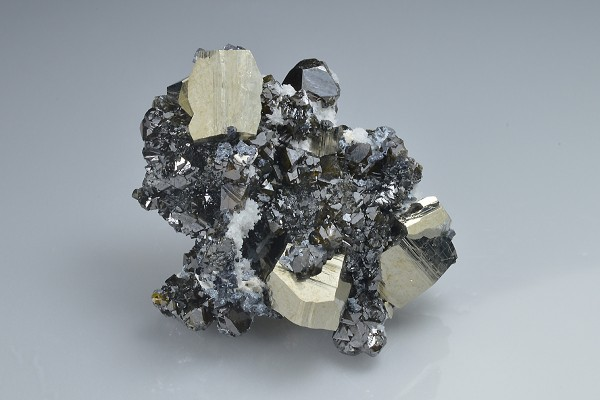 Pyrite, Cleiophane, Quartz