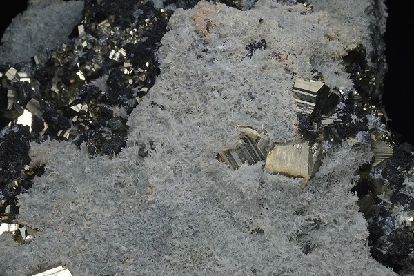 Pyrite on Quartz, Sphalerite