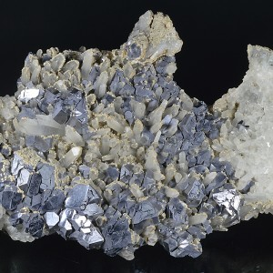 Twinned and truncated Galena on Quartz, Siderite