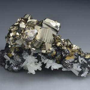Pyrite, Sphalerite, Chalcopyrite, Quartz