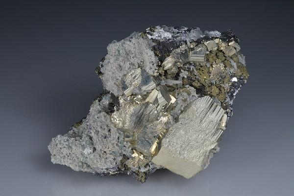 Pyrite, Chalcopyrite, Quartz