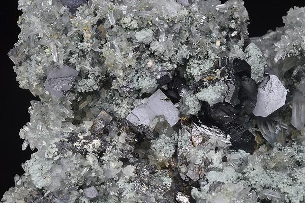 Quartz, Galena, Sphalerite, Chlorite