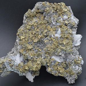 Chalcopyrite, Galena, Sphalerite, Quartz, Pyrite.