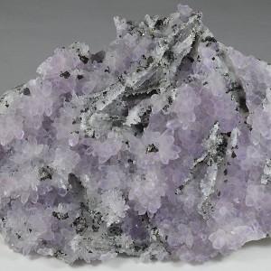 Quartz var.Amethyst, Pyrite, Sphalerite