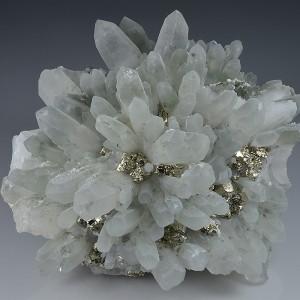 Pyrite on Quartz, Chlorite