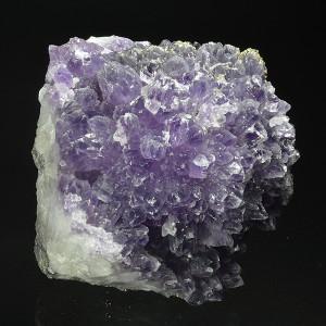 Quartz var.Amethyst, Pyrite