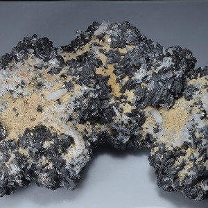 Sphalerite, Quartz, Calcite, Pyrite, skeletal Galena