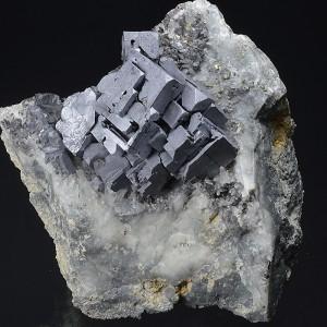 Skeletal Galena, Chalcopyrite on host rock