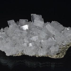 Baryte on Pyrite, Calcite