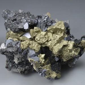 Chalcopyrite, Sphalerite, Galena, Quartz - floater