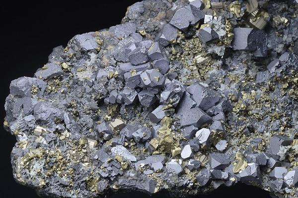 Galena, gem Sphalerite var.Cleiophane, Chalcopyrite, Pyrite, Quartz