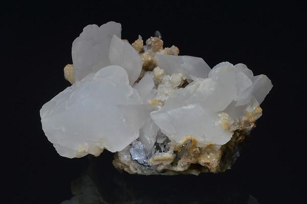 two generations Calcite on Quartz