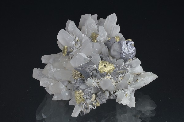 Quartz, gem Sphalerite var.Cleiophane, Galena, Chalcopyrite, Pyrite