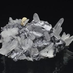 spinel law twin Galena, Quartz, Pyrite